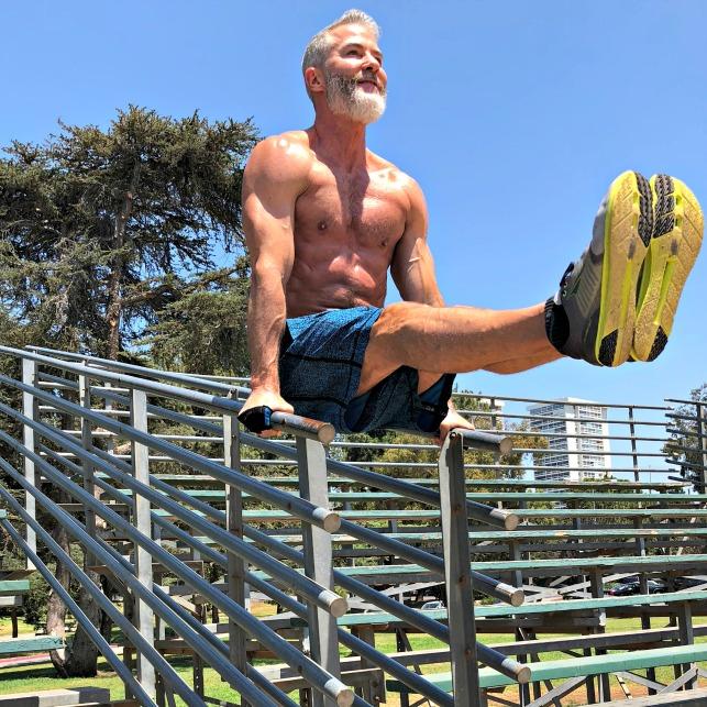 abdominal leg raises stronger core
